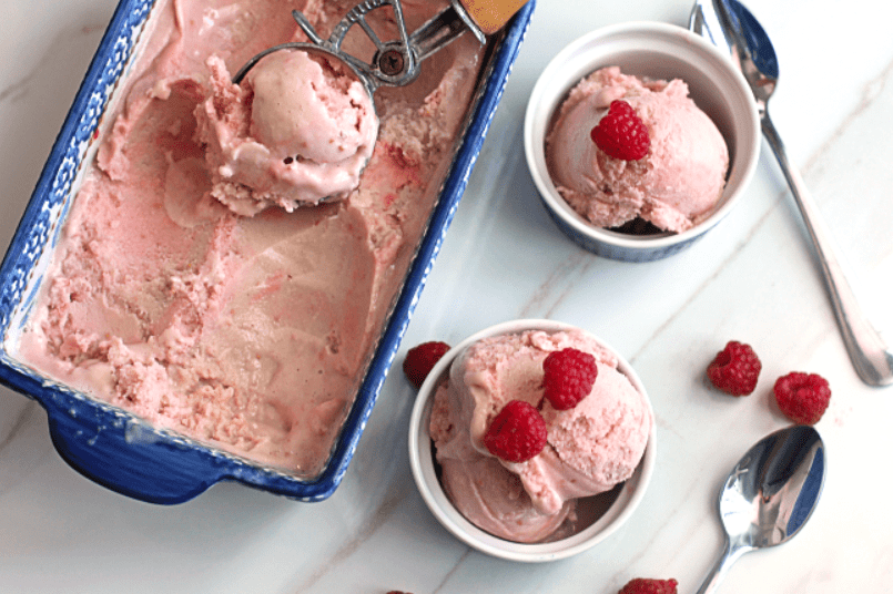 raspberry ice cream 1 - Raspberry Ice Cream