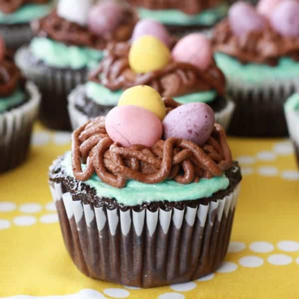 birds nest easter cupcakes