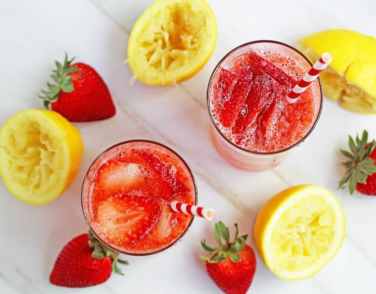 How to Make Strawberry Lemonade - Easy Lemonade Recipe