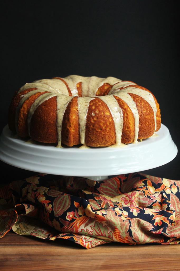 The Best Pumpkin Cake Ever