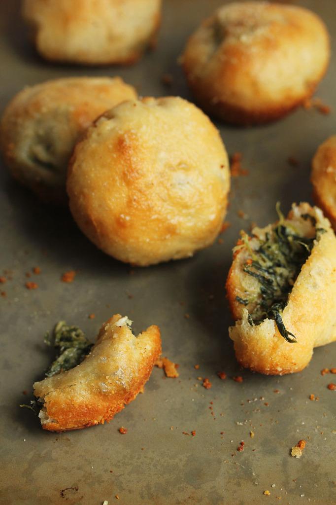 Spinach Dip Stuffed Garlic Rolls | Grandbaby Cakes