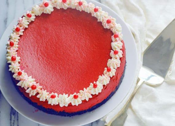 red velvet cheesecake 1 re edited 570x411 - Red Velvet Cheesecake