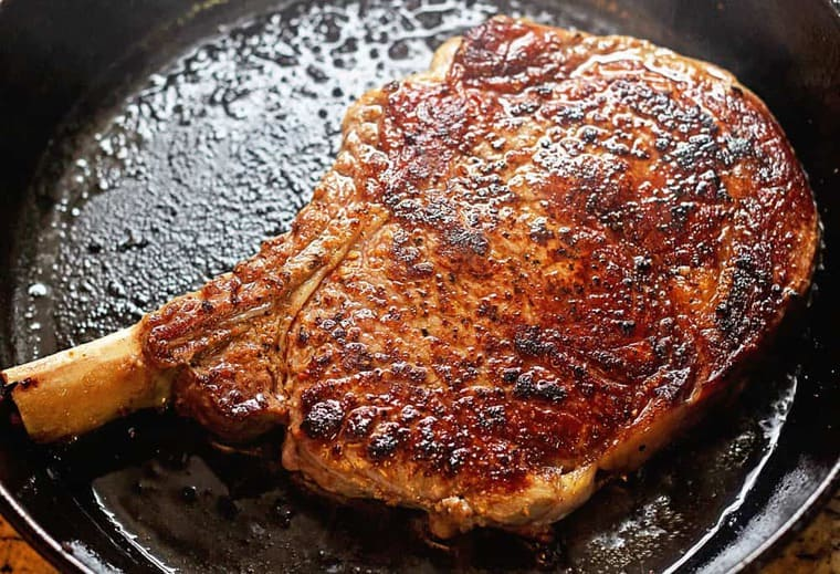 How long do you pan sear steak?