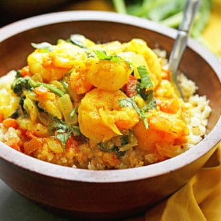 Light Shrimp Curry with Spinach over Cauliflower Rice