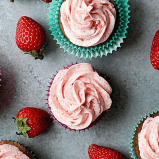 Homemade Strawberry Cupcakes Recipe