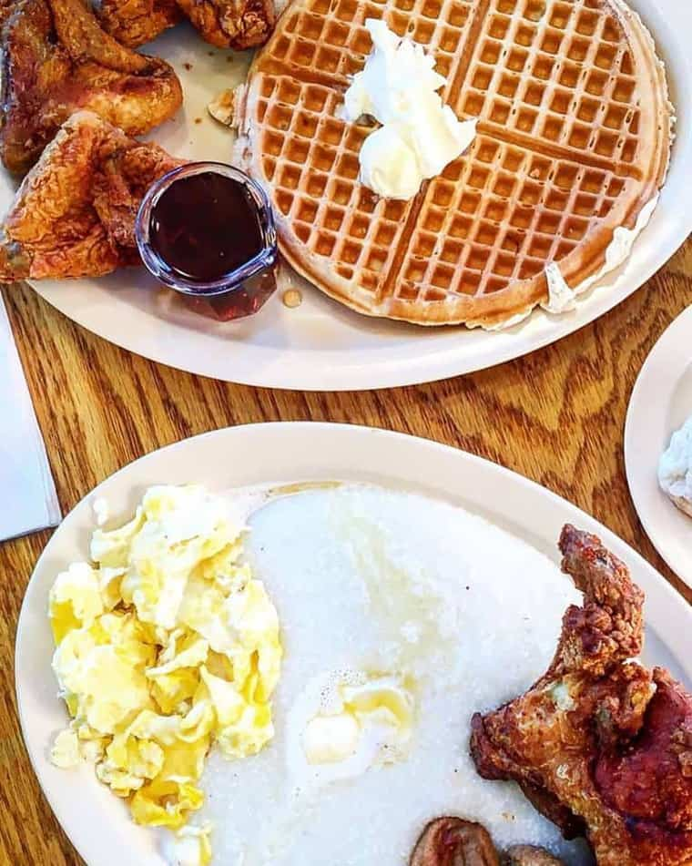 Where to eat in LA Los Angeles Restaurants Roscoes Chicken and Waffles - The Best Restaurants in Los Angeles
