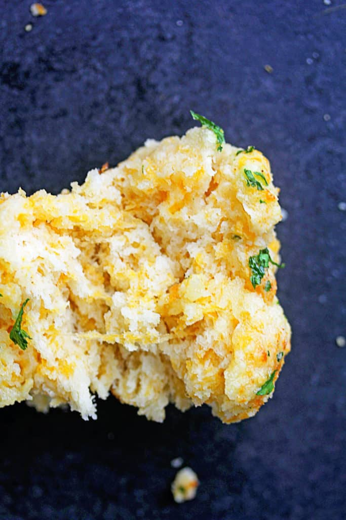 Cheddar Bay Biscuits (Homemade Garlic Cheddar Buttermilk Biscuits) | Grandbaby Cakes