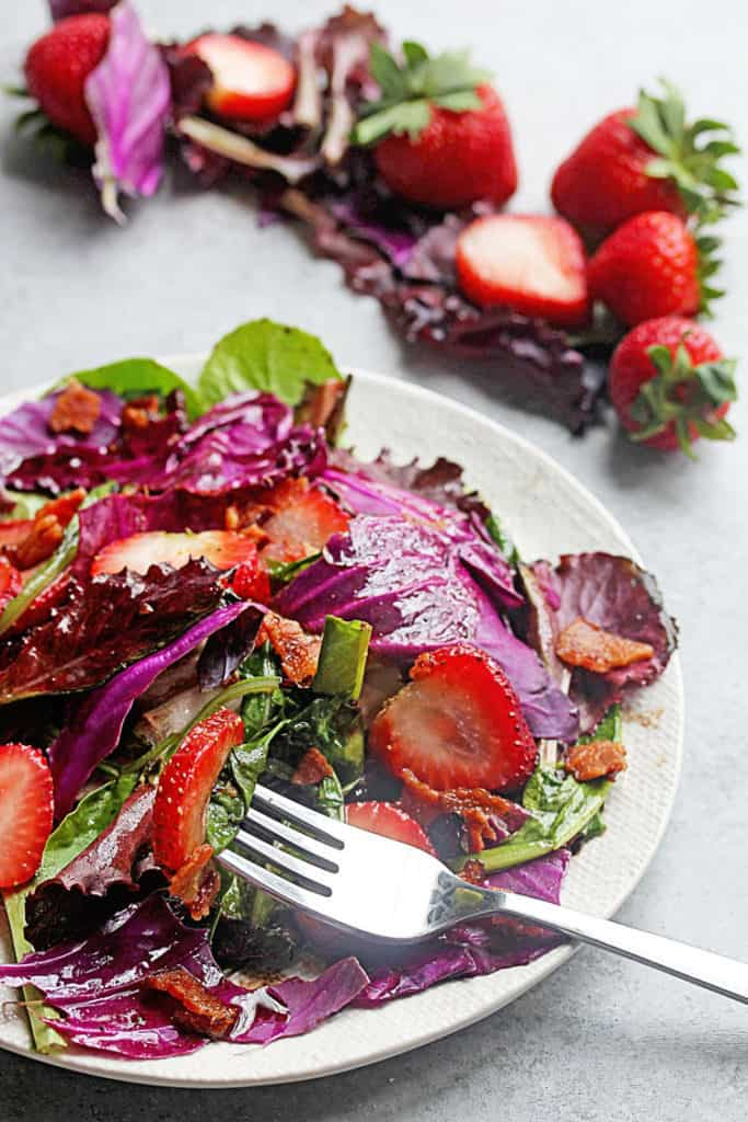 Hot Strawberry Spinach Salad with Bacon | Grandbaby Cakes