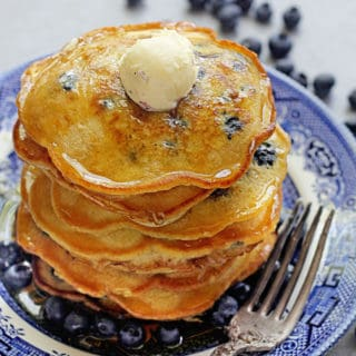 Easy Blueberry Pancakes 1 1 320x320 - Blueberry Pancakes Recipe