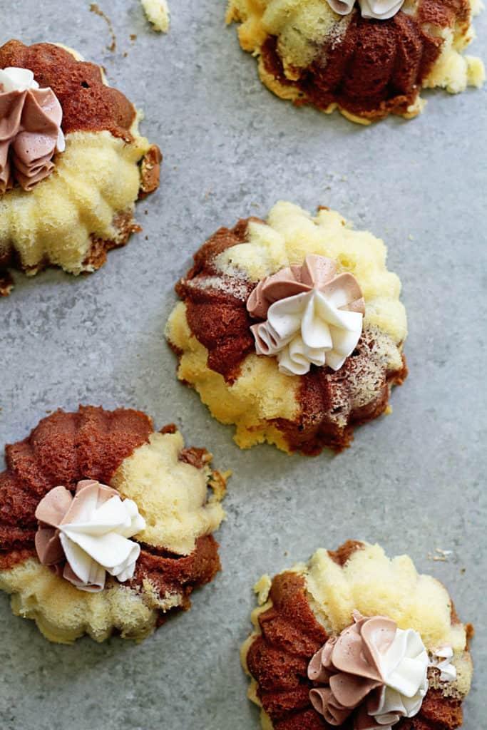 Marble Cakelettes | Grandbaby Cakes