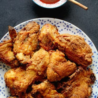 Smoked Paprika Buttermilk Fried Chicken Recipe 1 320x320 - Buttermilk Fried Chicken Recipe