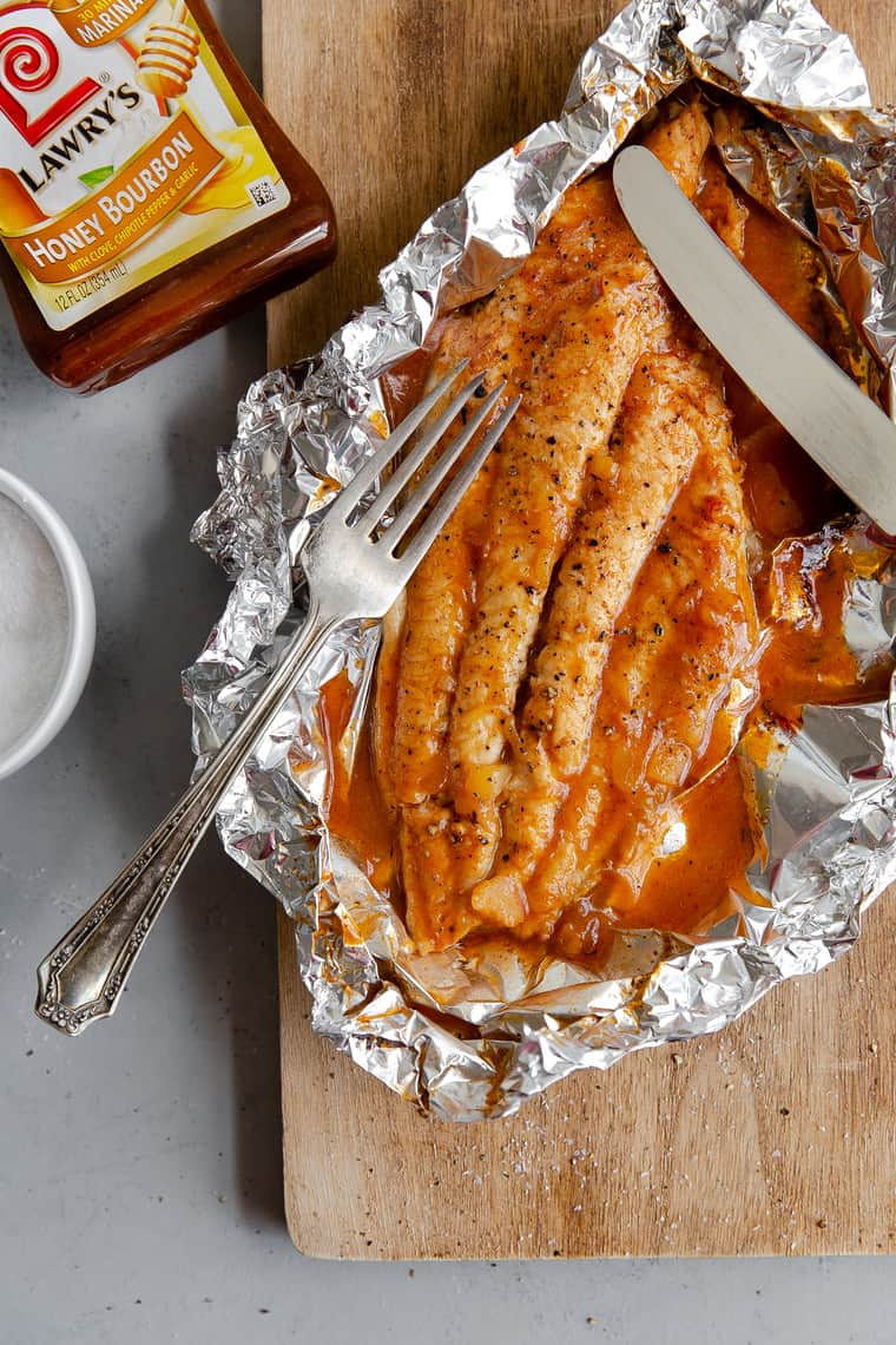Grilling catfish in foil