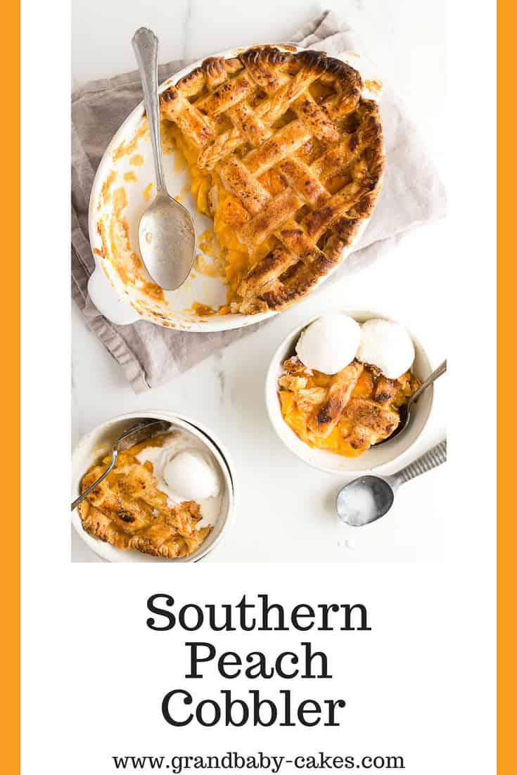 Southern Peach Cobbler (How to Make Peach Cobbler) - This is the perfect old fashioned recipe made with sweet spiced peaches and homemade butter pie crust. #peach #peaches #pie #cobbler