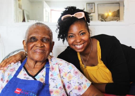 Best Charleston Restaurants- Martha Lou's | Grandbaby Cakes