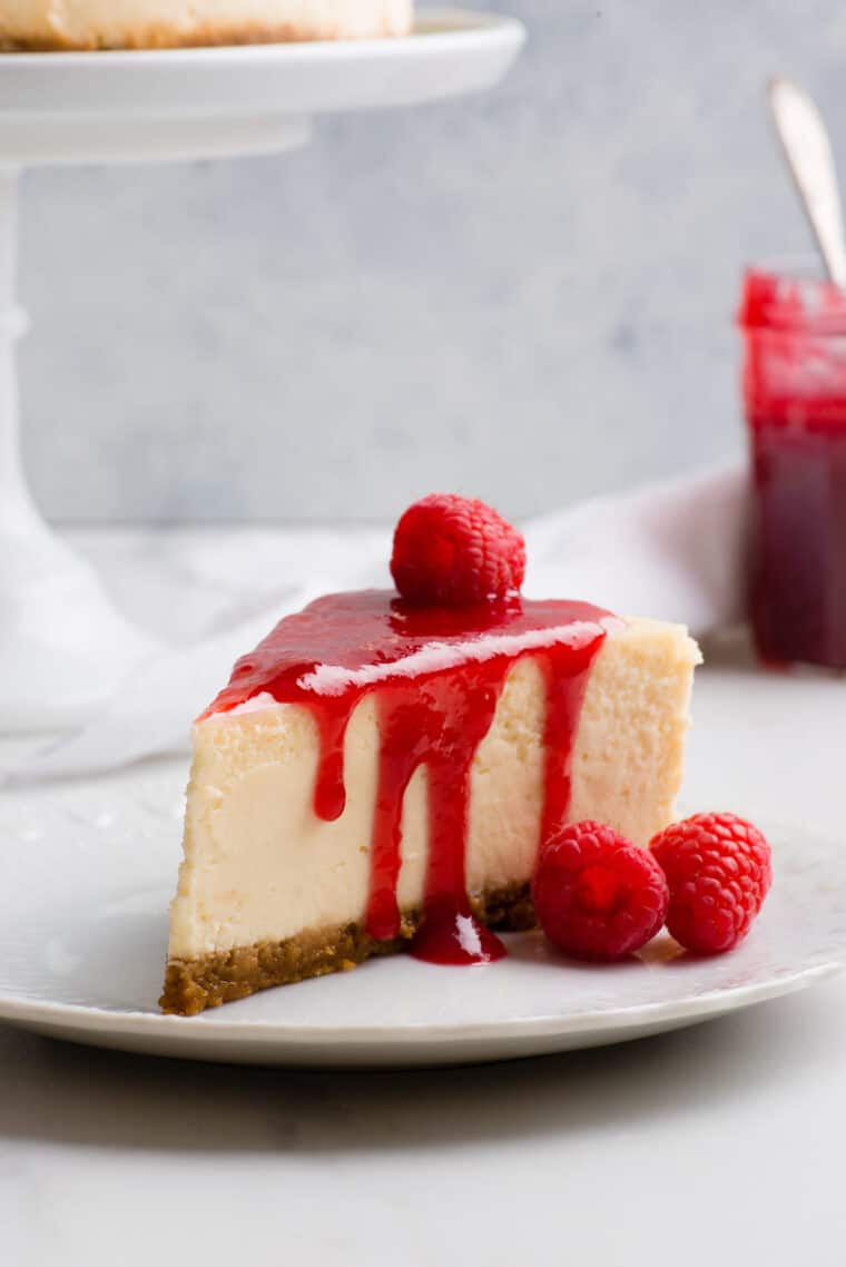 New York Cheesecake 2 e1567098509546 - The BEST Vanilla New York Cheesecake Recipe ONLINE! (Silky, Smooth and NO CRACKS!)