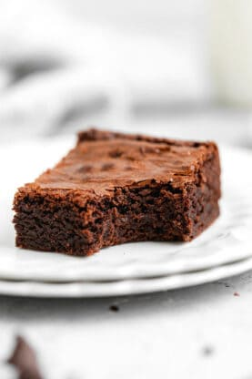 Fudgy Chewy Brownies 6 277x416 - Fudgy Chewy Brownies (The BEST!)