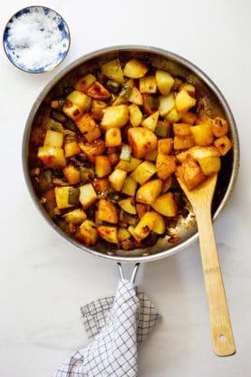 Smothered potatoes 4 277x416 - Southern Smothered Potatoes