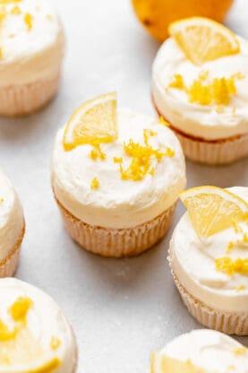 Lemon Cupcakes 2 277x416 - Best Lemon Cupcakes