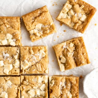 A close up of scattered blondies ready to enjoy