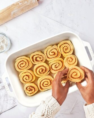 Sweet Potato Cinnamon Rolls 1 333x416 - Sweet Potato Cinnamon Rolls